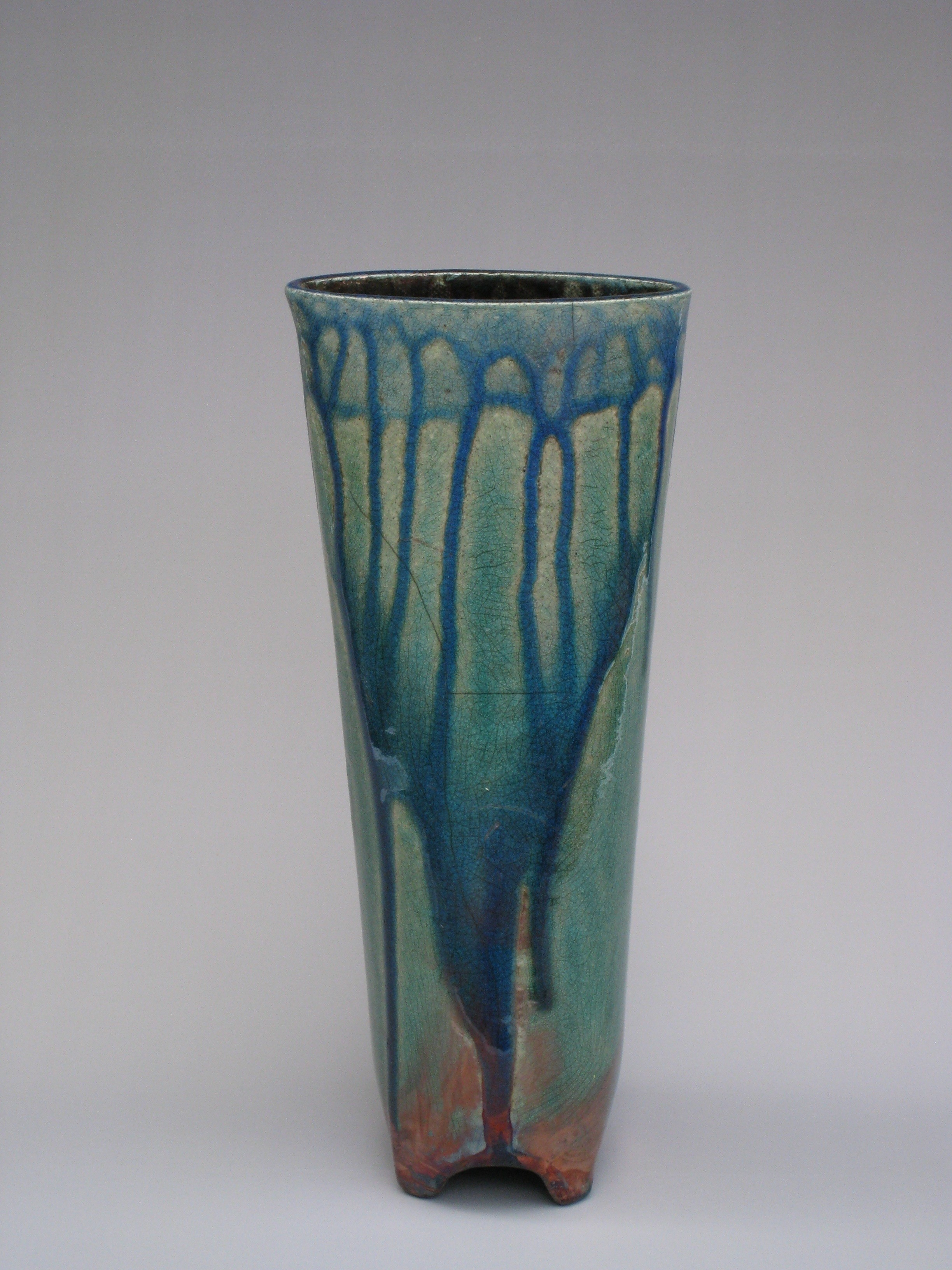 Barrel Footed Vase